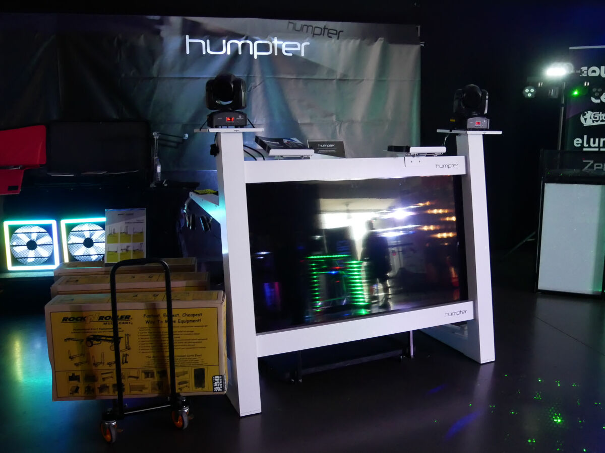 Caption: The DJ Show 2019 - Humpter Stands