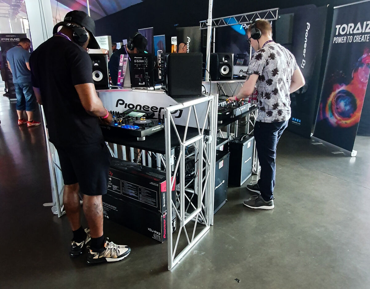 Caption: The DJ Show 2019 - Pioneer DJ
