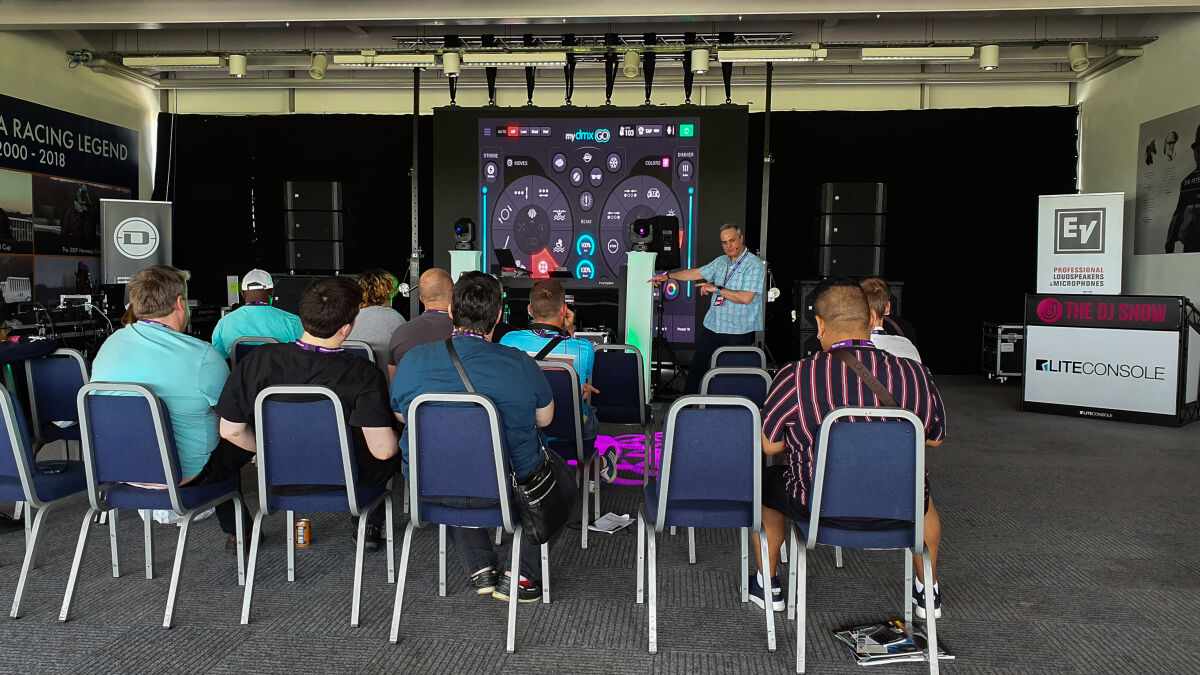 Caption: The DJ Show 2019 - Seminars