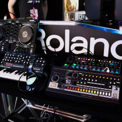 Caption: The DJ Show 2019 - Roland